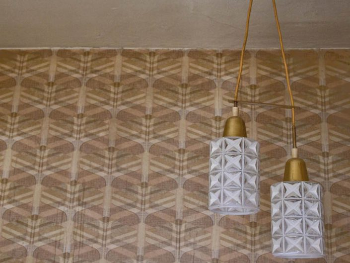 Wallpaper - 50s lamps
